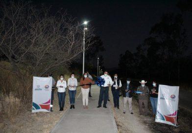 Hay Nuevas Luminarias En el Andador de Rancho de Arriba a la Villita, en Jalpa