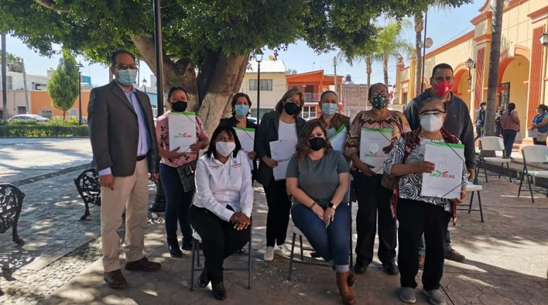 Cuentan 73 Residentes del Fraccionamiento Cabañas con Escrituras Definitivas En Apozol